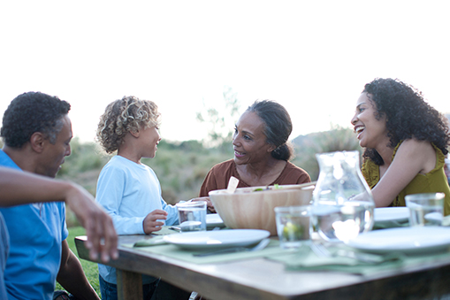 Fun Family Dinners? Here's How!
