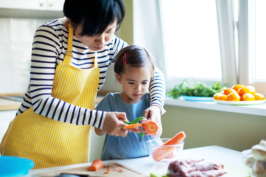 Healthy Meals for Kids? You Serve, They Choose