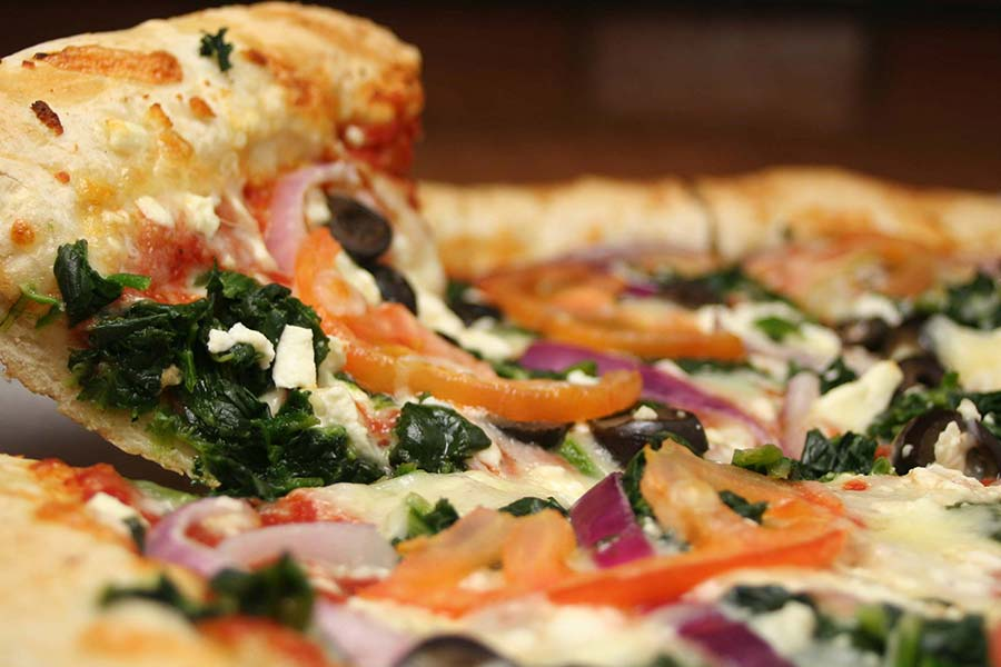 Pizza for Dinner? 8 Tips to Making It Healthier