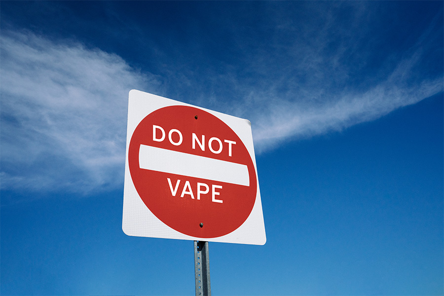 Stop vaping sign